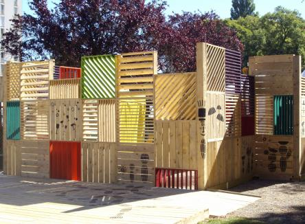 ACACIA Construction a acquis en quelques années un véritable savoir-faire dans la construction écologique en bois, installée à Signy-le-Petit dans les Ardennes au Nord-Est de la France