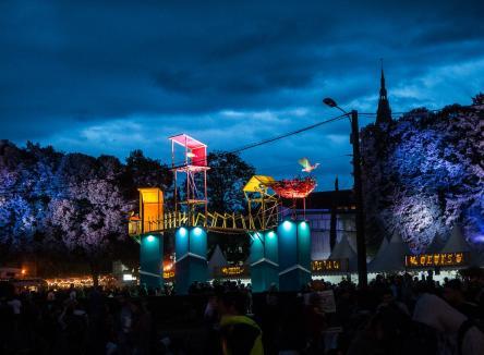 Le festival de musique du Cabaret Vert accueille désormais près de 100.000 spectateurs à Charleville-Mézières, dans les Ardennes