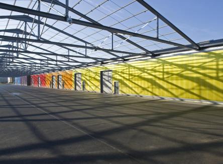 En tant que lieu d'accueil des entreprises dans les Ardennes, le Parc d'Activités du Val de Vence propose, à Charleville-Mézières, le « village artisanal » ACTIVENCE