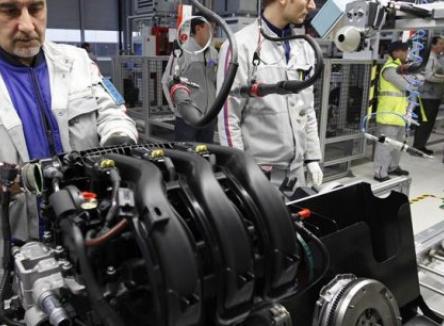 La filière automobile représente un poids important dans l'industrie des Ardennes, au Nord-Est de la France, avec 80 établissements, qui comptent un peu moins de 8.000 emplois directs