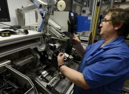 L'entreprise Carbody implantée sur plusieurs sites dans la région Champagne-Ardenne, fabrique des pièces en caoutchouc et en plastique pour l'industrie automobile, dans les Ardennes au Nord-Est de la France