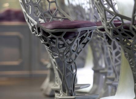 La fonderie Rocroyenne d'Aluminium élabore des pièces en aluminium pour le conception de mobilier design, dans les Ardennes au Nord-Est de la France