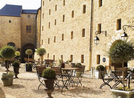 Hôtels et Patrimoine, Château Fort de Sedan, hôtel haut de gamme 4 étoiles, Le Bistrot du Château Fort de Sedan - Tourisme d'affaires, la Tour d'Auvergne Ardennes 08 - Nord-Est de la France