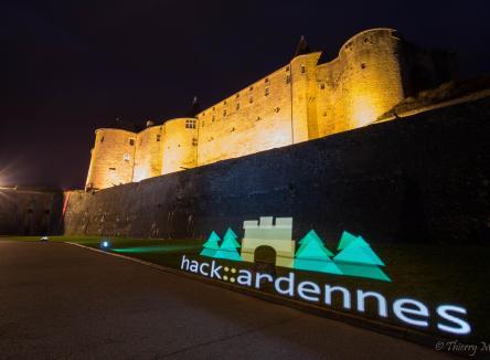 Organisé au château fort de Sedan dans les Ardennes au Nord-Est de la France, par l'association hackardennes, le hackathon tentera de faire émerger des projets innovants pour le tourisme, les 22/23/24 avril 2016