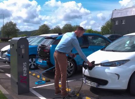 NEXANS POWER ACCESSORIES FRANCE : des réseaux d'énergie aux bornes de recharge