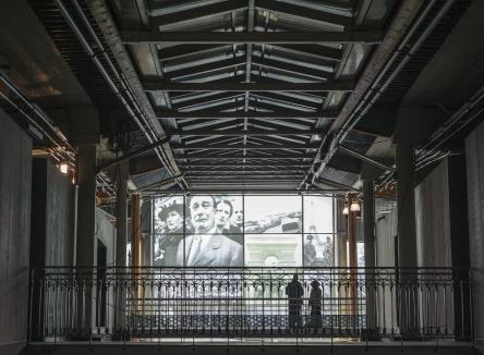 Le Musée Guerre et Paix en Ardennes implanté à Novion-Porcien dans les Ardennes, tient dans le rachat par le Département d'une imposante collection d'uniformes et de matériels, notamment français et allemands de la Seconde Guerre mondiale