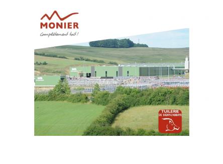 Tuilerie Monier fabriquant de tuiles valorise la terre ardennaise pour desservir le marché européen en quelques heures