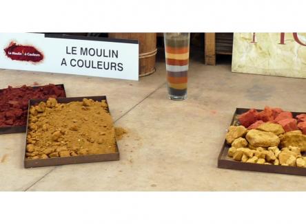 Les 18 et 19 janvier 2020, le Moulin à couleurs, dernière fabrique de pigments en France, a représenté les Ardennes à l'exposition Fabriqué en France au Palais de l'Elysée