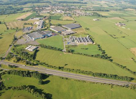 Located in the commune of Donchery in the Ardennes, the Ardennes Azur Business Park is predominantly dedicated to industry and logistics, and offers all of the facilities requested for the establishment of companies, including rail connection