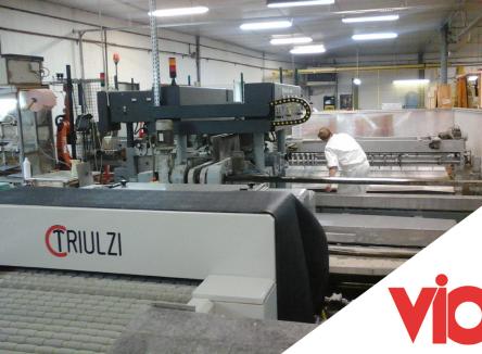 La société VIO (Verre Industriel et Ouvré) fournit depuis son site ardennais de Revin, des verres aux caractéristiques spécifiques pour de nombreux industriels
