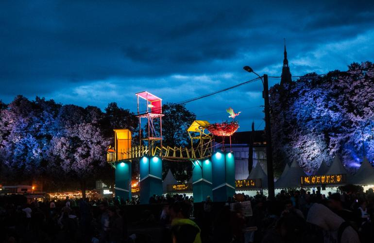The Cabaret Vert music festival was set up in 2005 to highlight how much French Ardennes has to offer. Around 100,000 spectators now attend the event in Charleville-Mézières each year