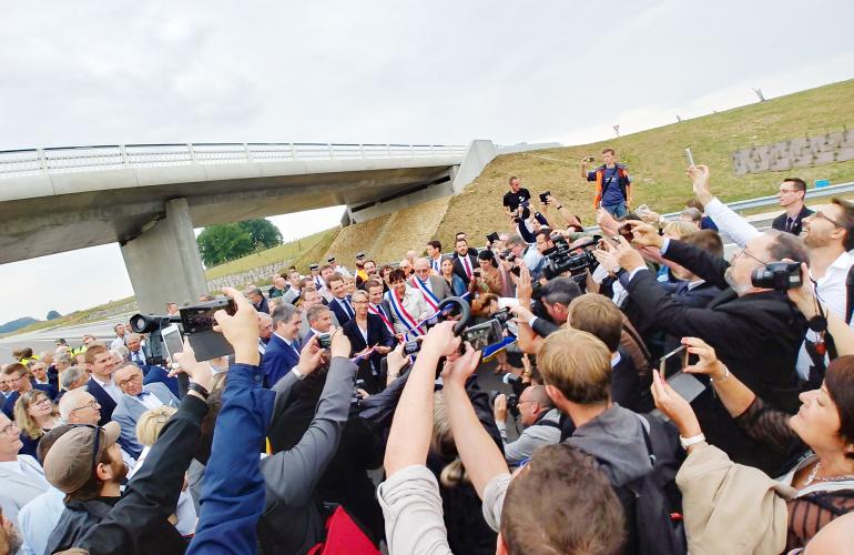 Fin juillet 2018, la nouvelle autoroute ardennaise A304 a été inaugurée en présence de la Ministre des Transports, Elisabeth B