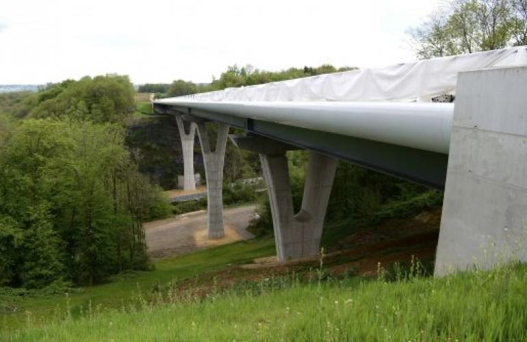 Ardennes' new freeway (A304) : this freeway will open the country to northern Europe and its large economic areas