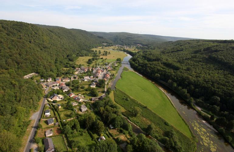 à proximité de la frontière belge, le parc naturel régional PNR des Ardennes fait l'objet d'un projet de développement fondé sur la préservation et la valorisation du patrimoine
