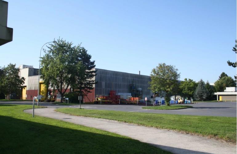 A Villers-Semeuse, ce site industriel d'1ha, proche des accès autoroutiers est prêt à accueillir des entreprises de l'industrie ou de la logistique
